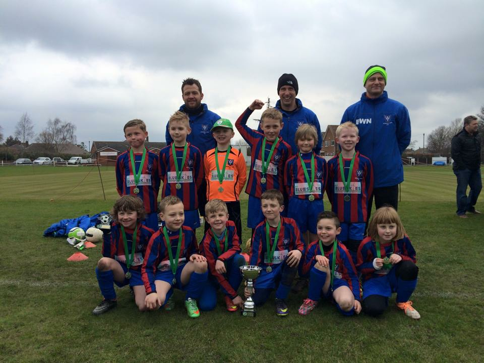 Wickersley Youth Football Club Under 8 Boys win the cup